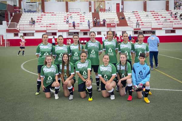 equipo-femenino-ud-sierra-de-las-nieves-coin